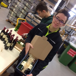 Dekorative Weinboxen für Landeshauptfrau Johanna Mikl-Leitner gestaltet
